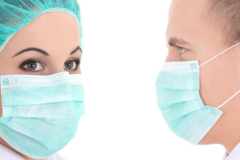 Exportam masti chirurgicale si alte echipamente