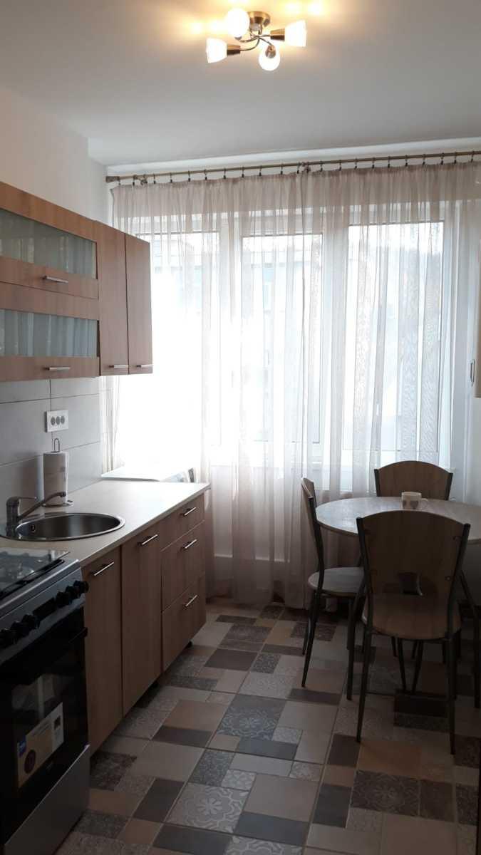 Apartament de închiriat, 2 camere, decomandat