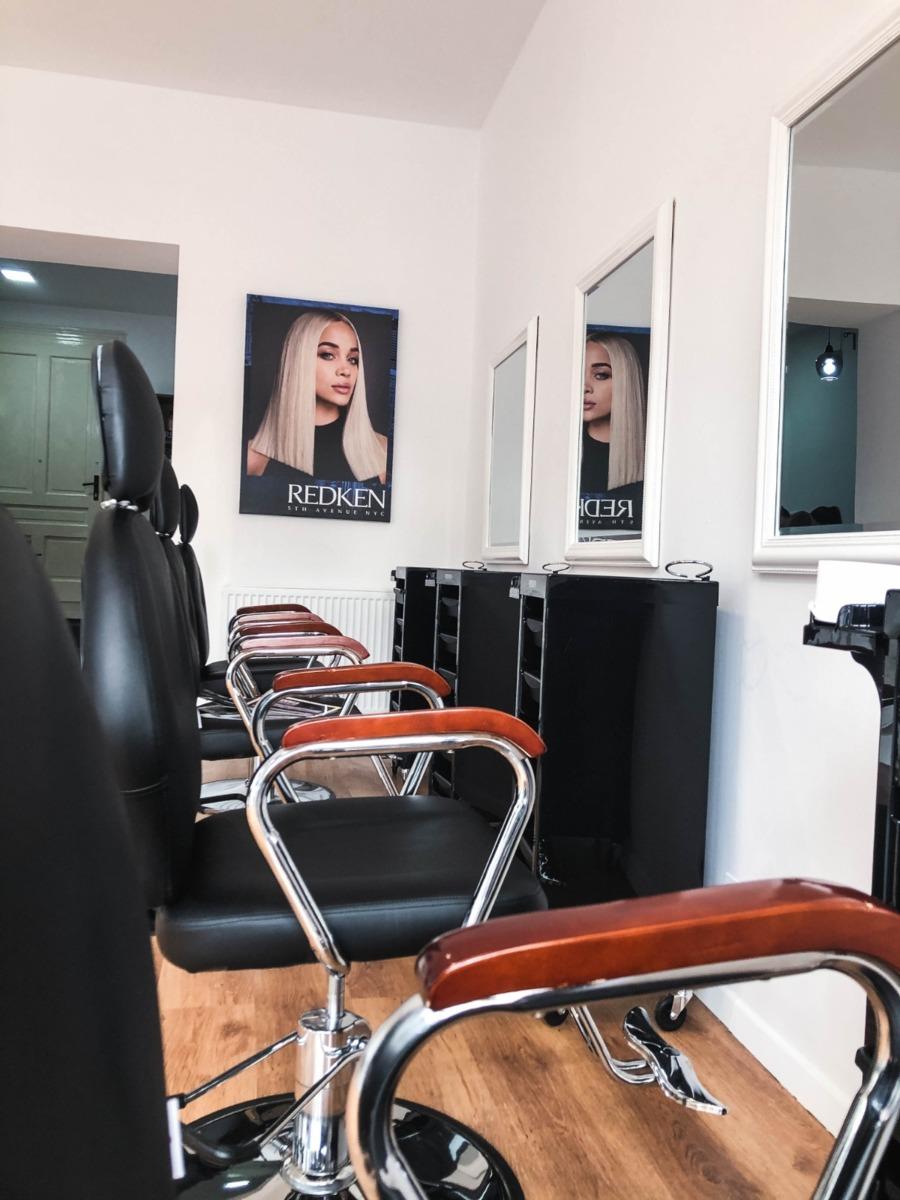 Cautam colaboratori beauty salon!