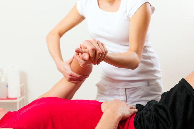 Servicii kinetoterapie la domiciliu clientului