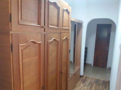 De vanzare apartament 2 camere- berceni str huedin