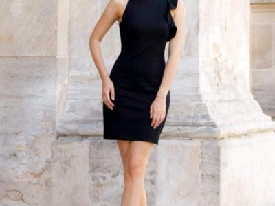 Scurta, sexy, rochie perfecta pentru ocazii