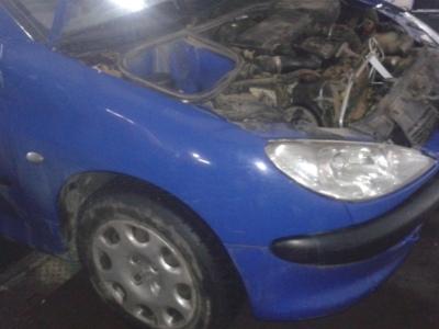 Peugeot 206 din 2004, motor 1.4 hdi, tip 8hx