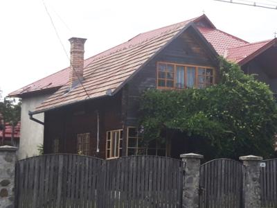 Casa de vacanta de vanzare