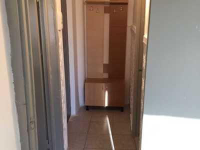 Închiriez apartament