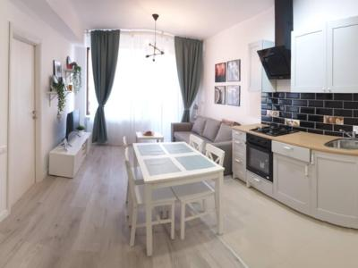 Inchiriez apartament nou 3 camere, zona fundeni