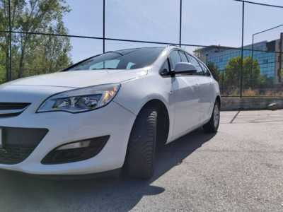 Opel astra j 2014 diesel 2.0