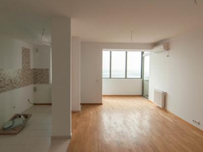 Apartament 3 camere 96 mp nemob ex. ag. propretar