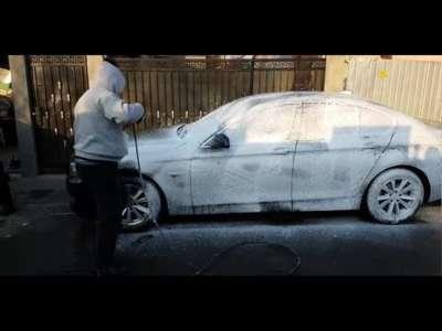 Spalatorie detailing aburi curatare auto bucuresti