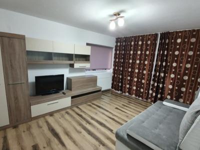 Închiriez apartament în florești 3 camere