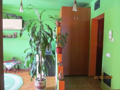 Vând apartament cu 2 camere