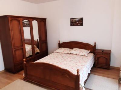 Pf inchiriez apartament cu 1 camere