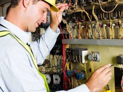Recrutam electricieni navali- santier tulcea