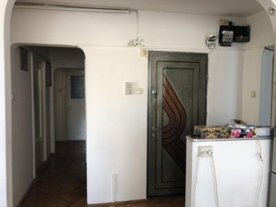 Vand apartament 4 camere decomandate - kaufland ma