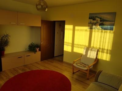 Inchiriez apartament 2 camere, metrou d.leonida