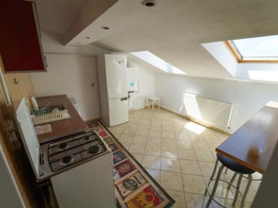 De inchiriat  apartament cu 2 camere in zona 7 noi