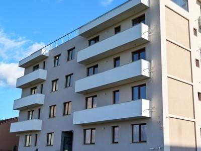 Apartament cu 3 camere decomandate in tomis plus