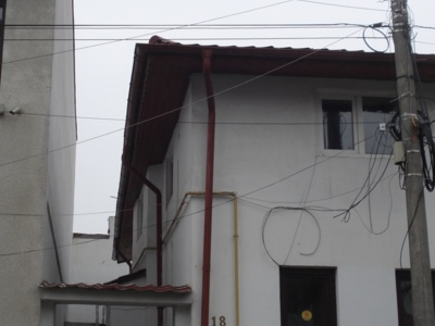 Casa se inchiriat, central