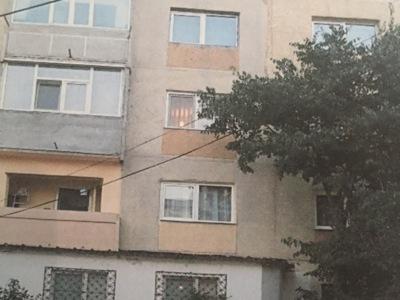 Apartament 3 camere inel i constnata