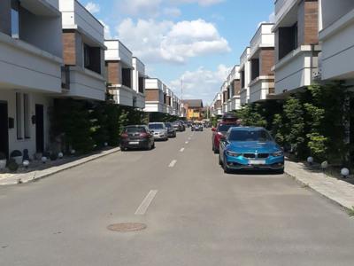 Vila de vanzare parter+1e in ansamblul rezidential