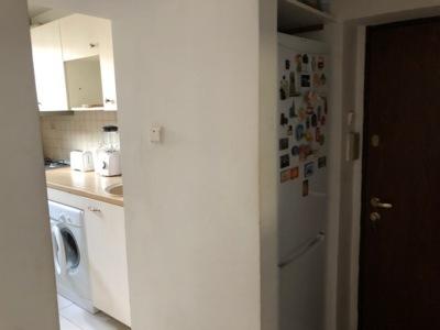 Închiriez apartament 2 camere în piața unirii