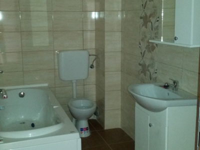 Berceni , apartament nou , decomandat -2 camere !