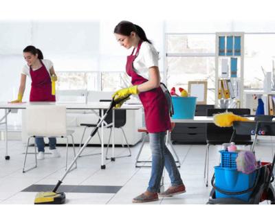Angajam personal pentru serviciul de curatenie