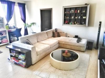 Proprietar vând apartament 3 camere timpuri noi