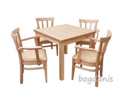 Mese si scaune din lemn masiv