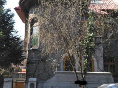 Ofer spre inchiriere spatiu birou, vila zona dorob