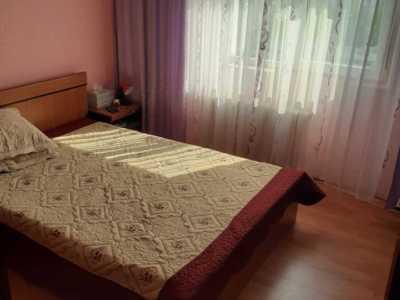 Proprietar vand apartament vitan (3 camere)