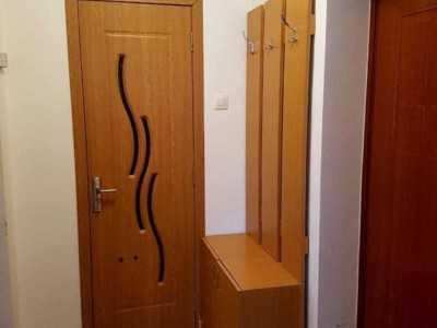 Inchiriez apartament cu 2 camere in cornisa,tg mur