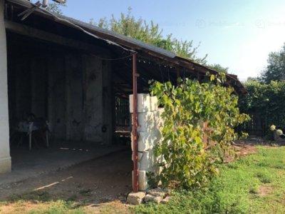 Casa in zona linistita targsorul vechi