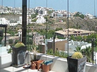 Sistem inovativ de balcoane si terase  jokke