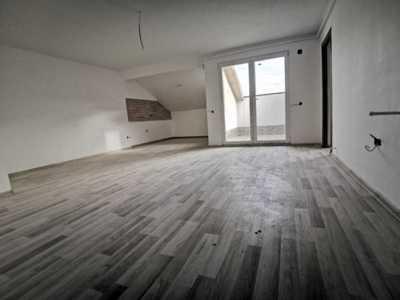 Apartament la mansarda