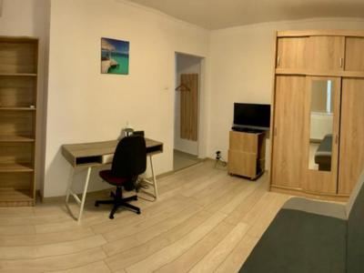 Apartament 1 camera centru - prima chirie!