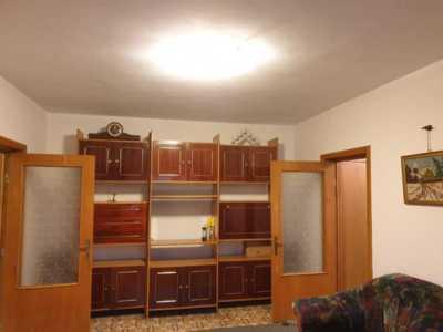 Ofer apartament spre inchiriere