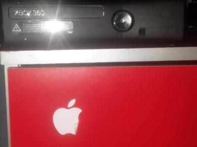 Vand sau schimb cu telefon,xbox (modat)360(senzor