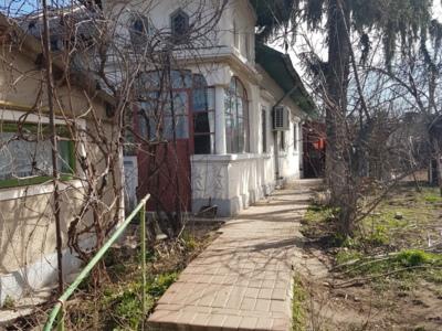 Vand casa in rosiori de vede 4 cam + garaj+600mp
