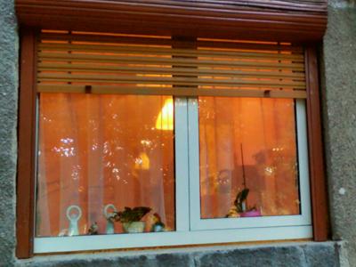 Rulouri/jaluzele exterioare din lemn