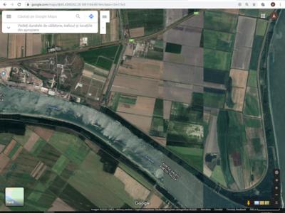 Vand 3,75 ha  teren arabil galati badalan 8 euro/m