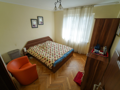 Apartament modern cu 3 camere de inchiriat in tg m