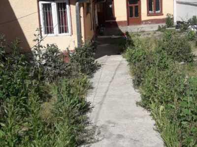 Salaj sector 5 vindem casa 4 camere paianta 180 mp