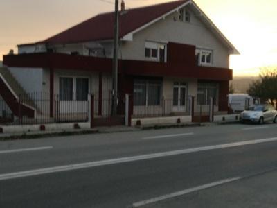 Casa de închiriat