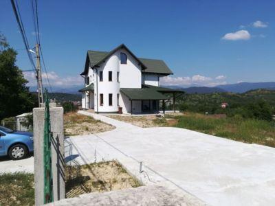 Vanzare vila câmpulung, terminata 2020, cu vedere
