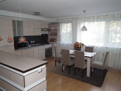 Inchiriere apartament finisaje superioare et. 2, p