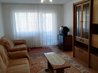 Apartament, 2 camere, decomandat, zona podgoria
