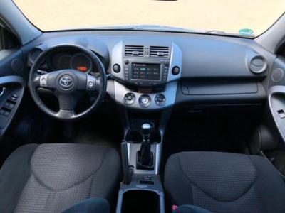 Toyota rav-4  2006
