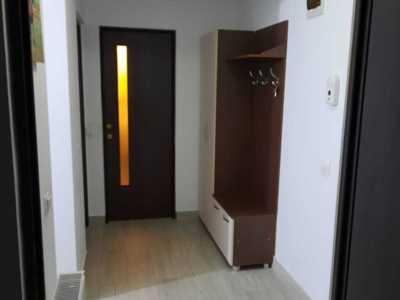 Pf închiriez apartament 2 camere decomandat