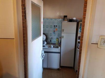 De vanzare apartament cu 3 camere - brancoveanu